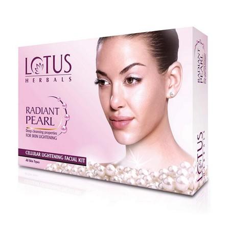 Lotus Herbals Radiant Pearl Cellular Lightening Facial Kit